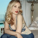 Julie Delpy Body Measurements Weight Height Bra Figure Size Age & More