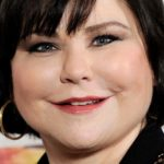 Delta Burke Body Measurements Weight Height Bra Figure Size Age & More