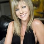 Kaitlin Olson Body Measurements Weight Height Bra Size Age Shoe & More