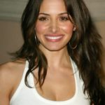 Sarah Shahi Body Measurements Weight Height Bra Size Age & More