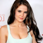 Zoey Deutch Body Measurements Weight Height Bra Size Age & More