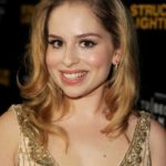 Allie Grant Body Measurements Weight Height Bra Size Age & More