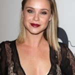 Becca Tobin Body Measurements Weight Height Bra Size Age & More