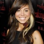 Christina Perri Body Measurements Weight Height Bra Size Age & More
