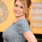 Jenna Fischer Body Measurements Weight Height Bra Size Age & More