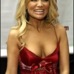 Kristin Chenoweth Body Measurements Weight Height Bra Size Age & More
