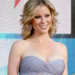 Julie Bowen Body Measurements Weight Height Bra Size Age & More